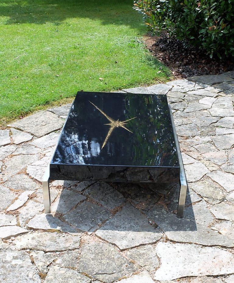 Table Basse 1970 Dessus Laqué Noir Et Incrustation Poudre d'Or, Guérin Paris