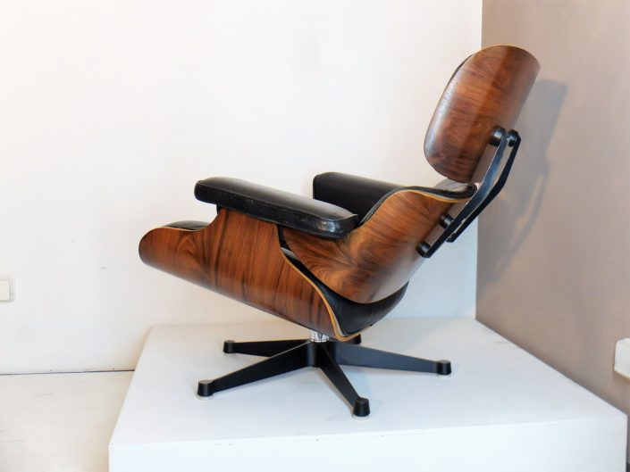 Lounge Chair Eames En Palissandre, Mobilier International 1970